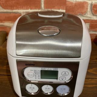 ◇SANYO  マイコンジャー炊飯器   3.5合  2007年