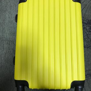 機内持ち込みサイズ  スーツケースあげます
