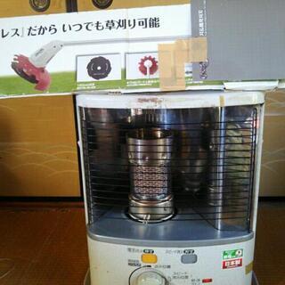 石油ストーブ・充電式草刈機