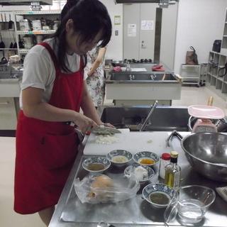 東京で人気の、英語で習うお料理教室が福岡開催です。今回はイ…