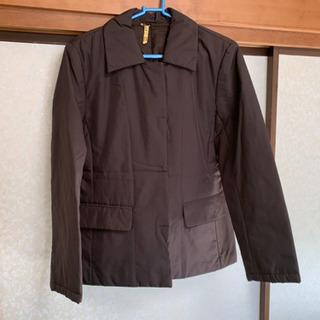 茶色のコート