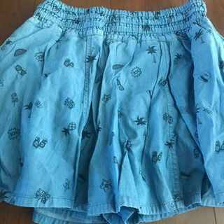 BLUE CROSSのスカート