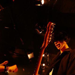 ギター、ベース未経験者大歓迎。