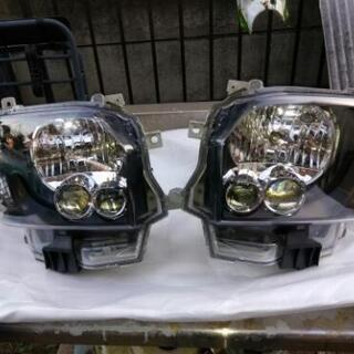 ハイエース4型LEDヘッドライトジャンク