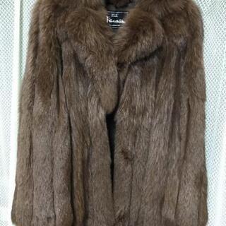 サガフォックス 毛皮コート