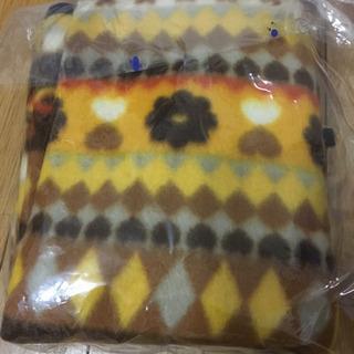 500→300円❣️新品、黄色系膝掛け、1枚