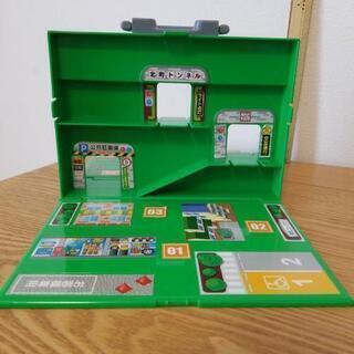 お取引㊥★トミカ★収納も出来て遊べるBOX