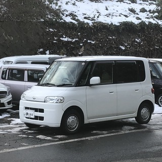 人気の白 タント 4WD 18年後期 車検2年付けて諸費用込み価格です