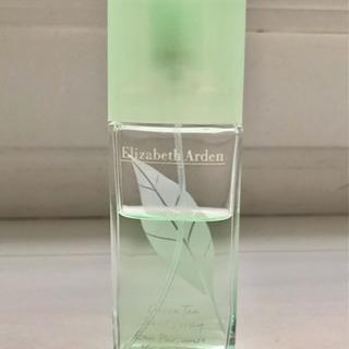 Elizabeth Arden 香水の画像