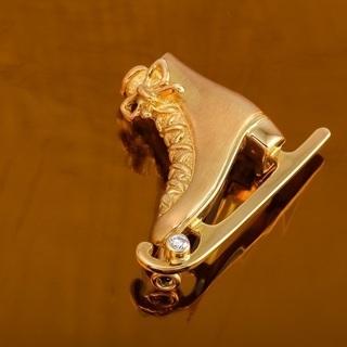 K18 ダイヤモンド ブローチ スケート靴モチーフ 品番7-60
