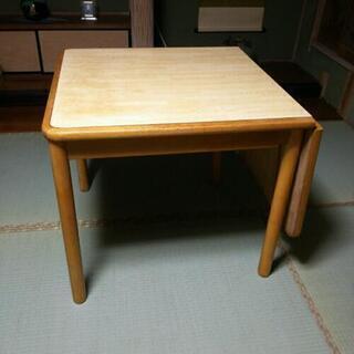 テーブル(伸縮タイプ)