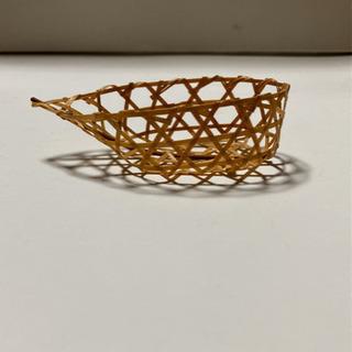 【美品】繊細な竹細工の小物入れ