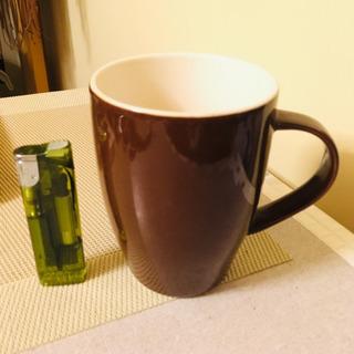 こげ茶のマグカップ