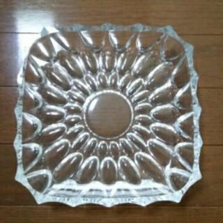 ガラスの大皿 22㎝