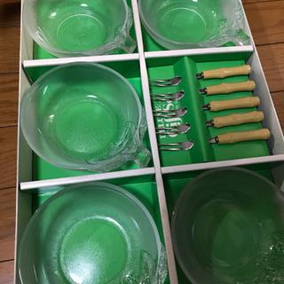 ガラス容器5個+フォーク5本