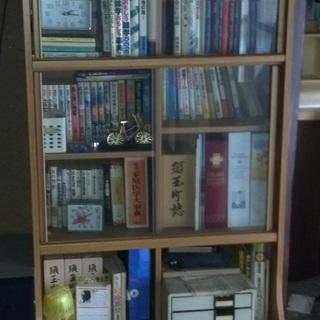 ガラスありの本棚