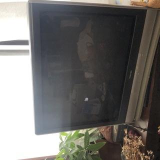 無料 ブラウン管テレビ差し上げます