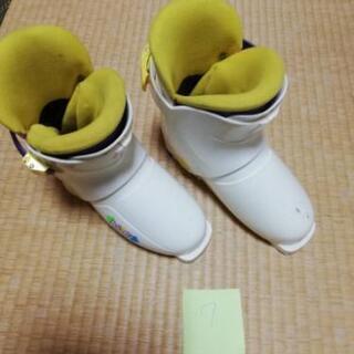 7 子供用スキーブーツ 20~21センチくらい