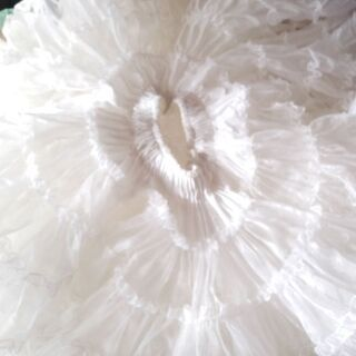サカイの スクエアダンス用の女性用のパニエです。