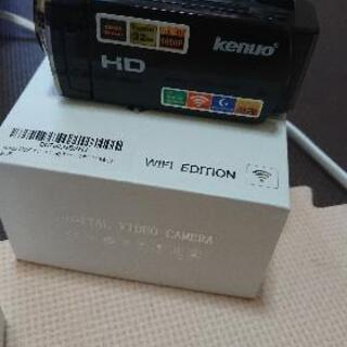 *ほぼ新品、小型ビデオカメラ − 青森県