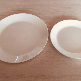 《新品未使用品》IKEA プレート皿 大小二枚セット