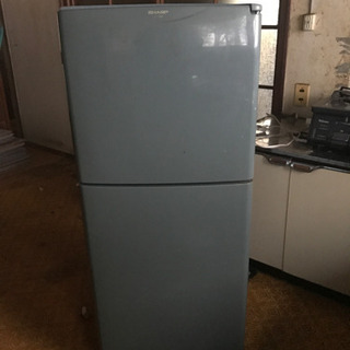 冷蔵庫135L