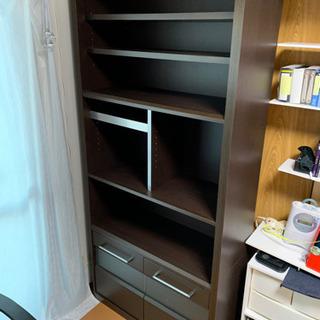大きめの本棚