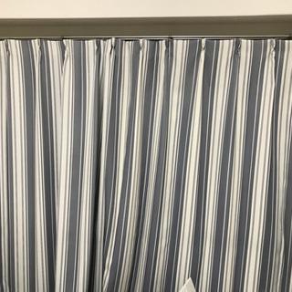 カーテンとレースカーテン