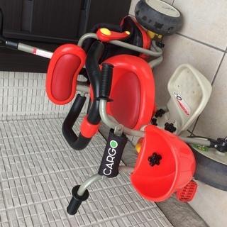 三輪車 赤色