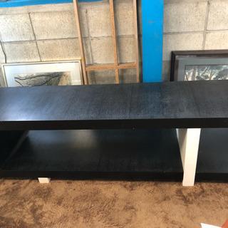 黒と白のシンプルおしゃれなテレビ台