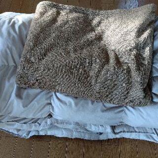 ダブル羽毛布団&ダブル毛布セット配送します!