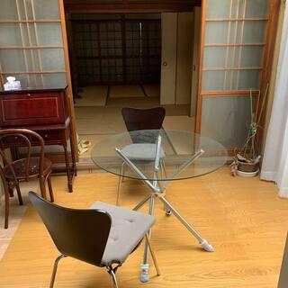 中古ガラス丸テーブル径約600mm椅子付き