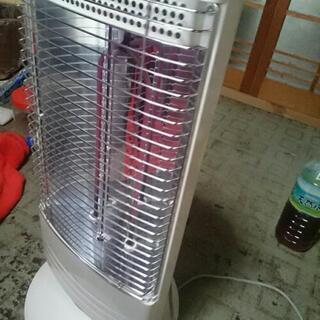 トヨトミ 電気ストーブ