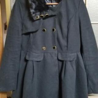 ファー付き軽い、暖かい黒コート