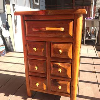 オシャレで小型の木製家具その1