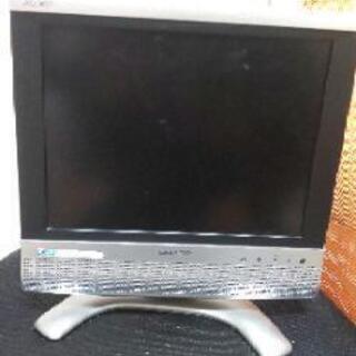 2005年製のAQUOSテレビ