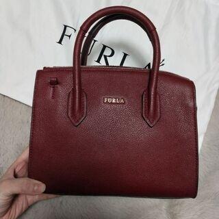 FURLA 鞄