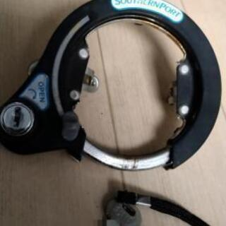 自転車の鍵(取り付けタイプ)