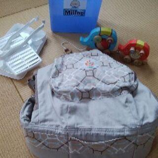 エルゴ抱っこ紐未使用、ミルトン容器、おもちゃ
