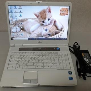 【取引中】 綺麗なホワイト corei5&SSDで快適 FUJI...