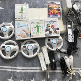 Wii本体と色々セットで☆