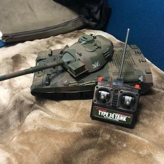 陸上自衛隊74式戦車 ラジコン?