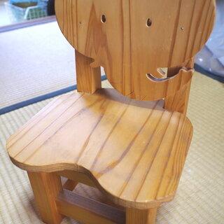小さいお子様用椅子  ディスプレイ棚などにも☆