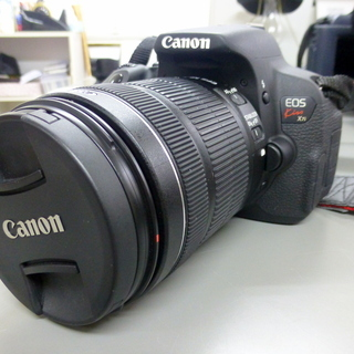 Canon EOS Kiss X7i EF-S18-135 IS...