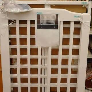 12/18 ベビーベッド3990~9900円 木製ベビーゲート2...