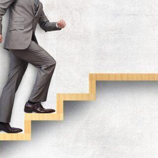 【限定2名】中途採用/キャリアコース アルバイト採用から管理職ま...