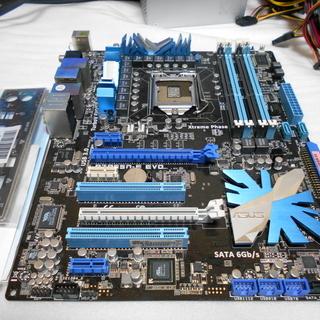 LGA1156マザーボード ASUS P7P55D-E EVO 中古