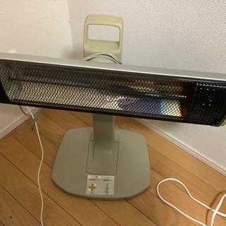 縦横に変形する電気ストーブ