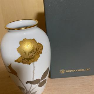 限界値下げ!!大倉陶園 花柄金彩 花瓶