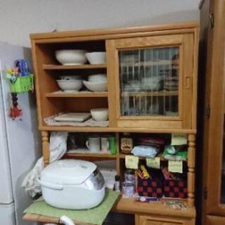引っ越しの為、食器棚